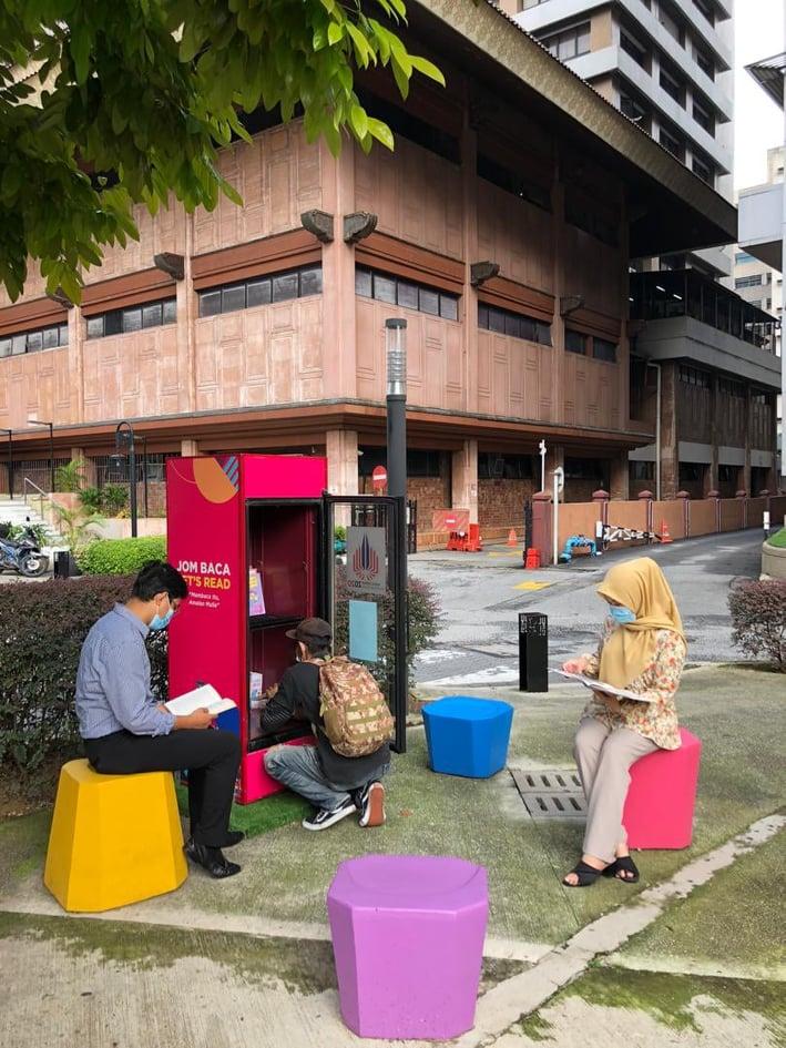 kios buku di sekitar ibu negara sempena program Kuala Lumpur sebagai Ibu Kota Buku Dunia 2020 (KLWBC2020)